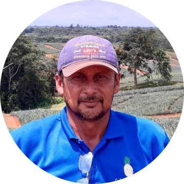 Francisco Poveda - Colorada Fresh Pineapples Foreman